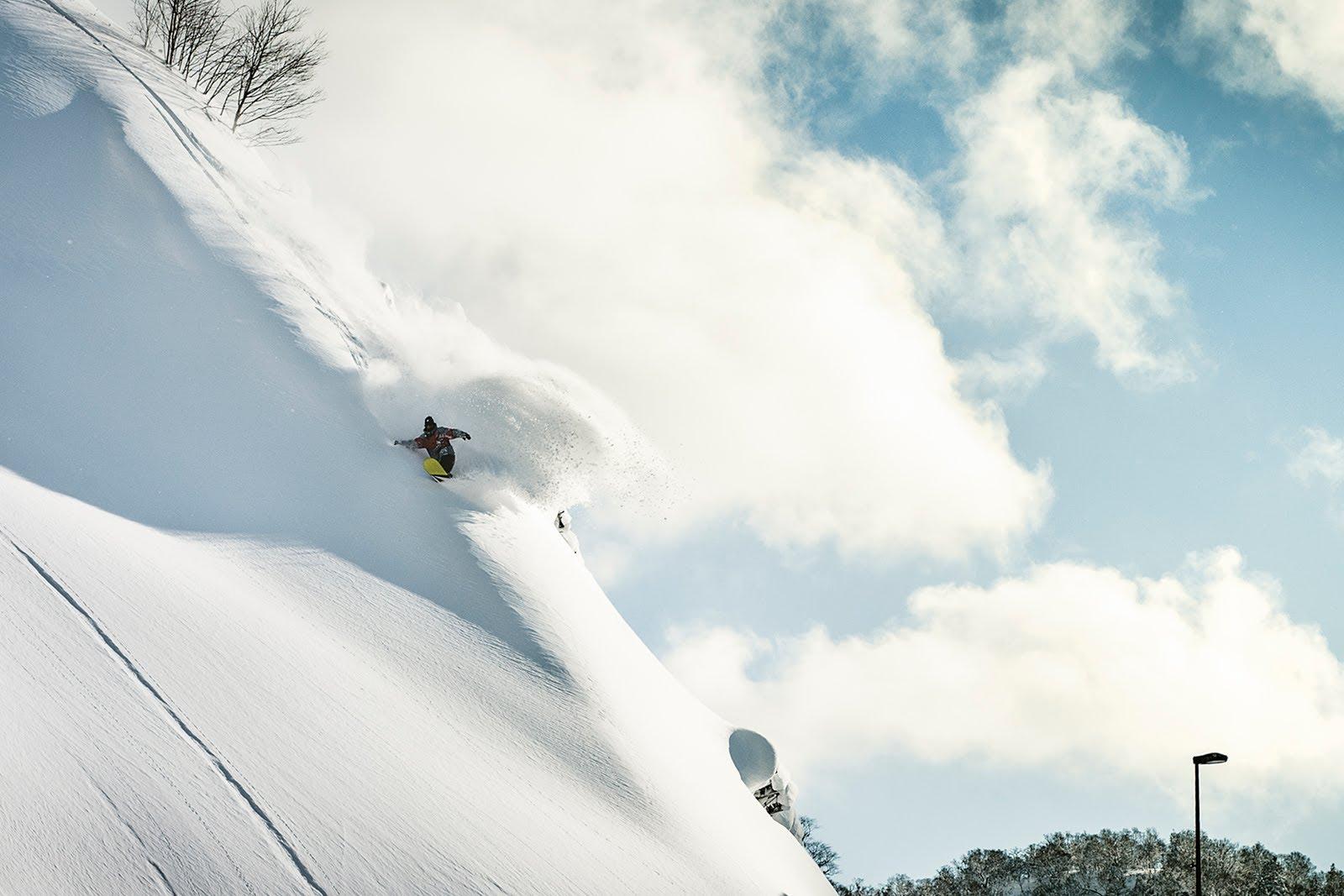 snowboarding powder turn